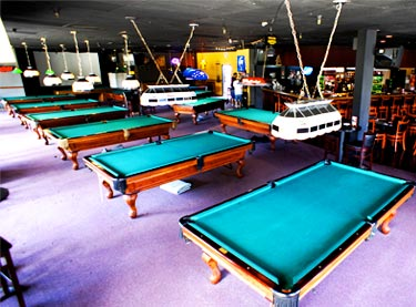 oxnard-sports-bar-tables